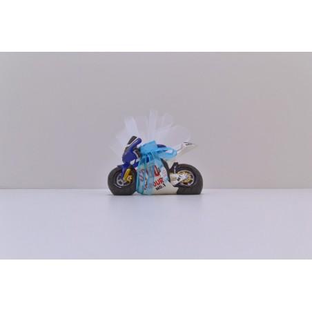 Grande moto bleu