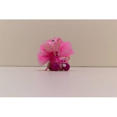 Girafe rose sur roue