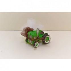 Grand tracteur vert