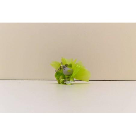 Chien vert et gris porte clef