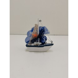bateau avec étoile de mer